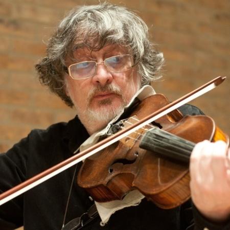 Vladimir Mendelssohn, Viola