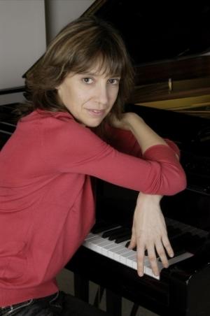 Claire Désert, Klavier