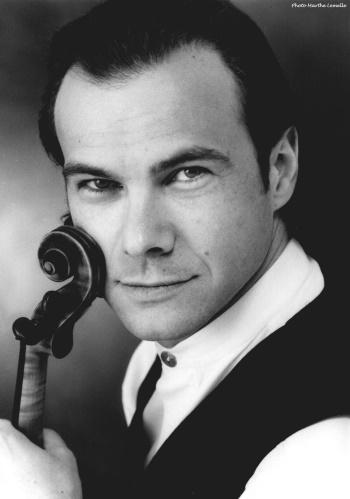Raphaël Oleg, Violine