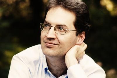 Dénes Várjon, Klavier