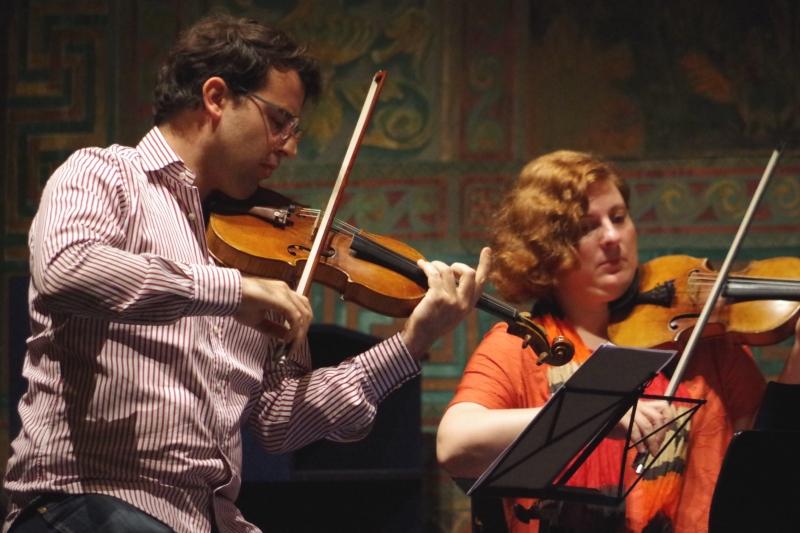 Proben 19.09.2016 - Amaury Coeytaux (Violine) und Natalia Prishepenko (Violine) (Foto: Christine Tröger)
