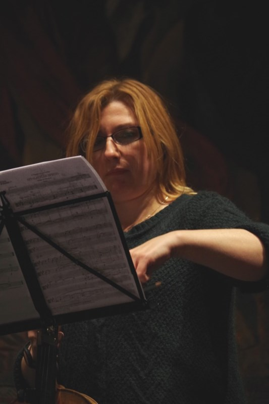 Proben 19.09.2016 - Rachel Roberts (Viola) (Foto: Christine Tröger)