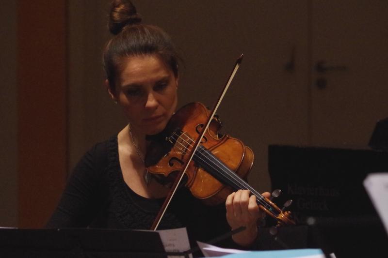 20.09.2016 - Proben: Nina Karmon (Violine) (Foto: Christine Tröger)