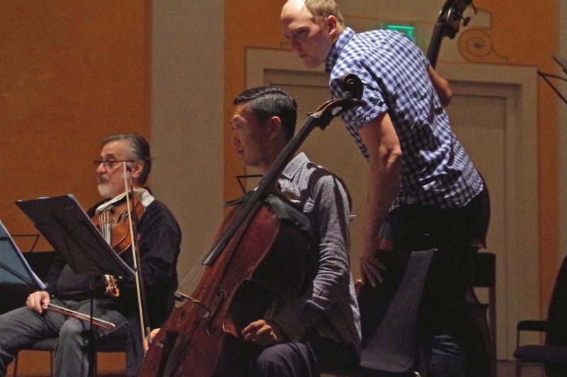 20.09.2016 - Proben: Vladimir Mendelssohn (Viola), Trey Lee (Violoncello) und Gunars Upatnieks (Kontrabass) (Foto: Christine Tröger)