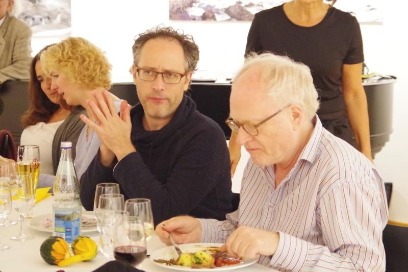 20.09.2016 - Abendessen bei Baurs: Ein nachdenklicher Chen Halevi, Bengt Forsberg voll konzentriert. (Foto: Christine Tröger)