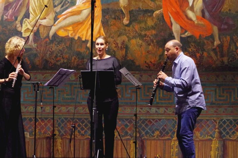 21.09.2016 - Konzert: Aaron Copland - »As it fell upon a day« mit Sophie Klußmann (Sopran), Anna Garzuly-Wahlgren (Flöte) und Derek Bermel (Klarinette). (Foto: Christine Tröger)