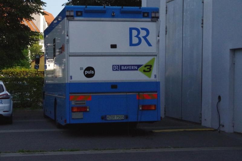 22.09.2016 - Hinter der Bühne: Der Übertragungswagen von BR Klassik schneidet fleißig mit. (Foto: Christine Tröger)