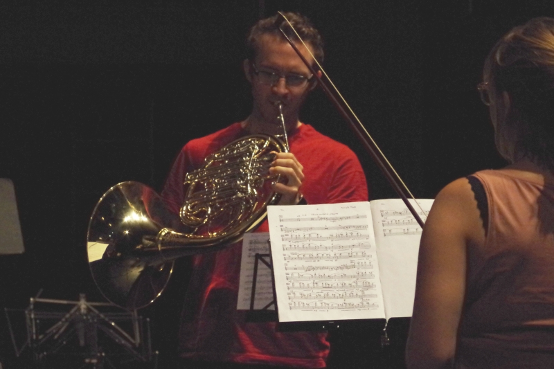 23.09.2016 - Proben: Seltene Besetzung - Horn und Violine (Alec Frank-Gemmill und Eriikka Maalismaa). (Foto: Christine Tröger)