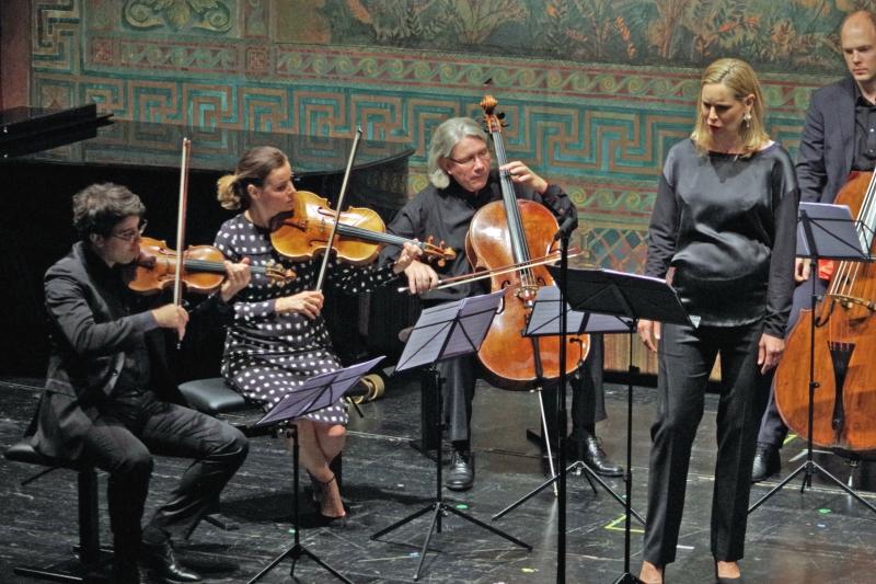 25.09.2016 - Konzert: ... Amaury Coeytaux (Violine), Béatrice Muthelet (Viola), Peter Bruns (Violoncello) und Gunars Upatnieks (Kontrabass). (Foto: Christine Tröger)