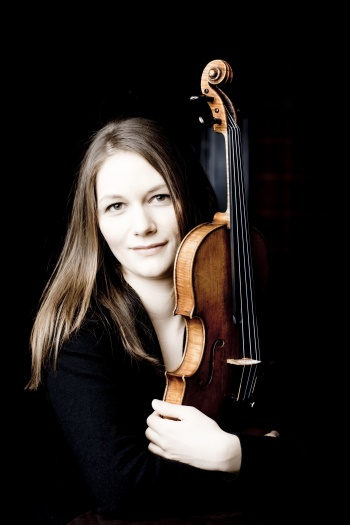 Lena Neudauer, Violine