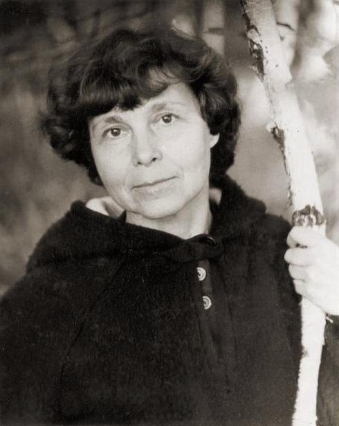 Sofia Gubaidulina 1981 in Sortavala (Foto: &copy Wikimedia CC BY 2.5, Dmitri N. Smirnov)