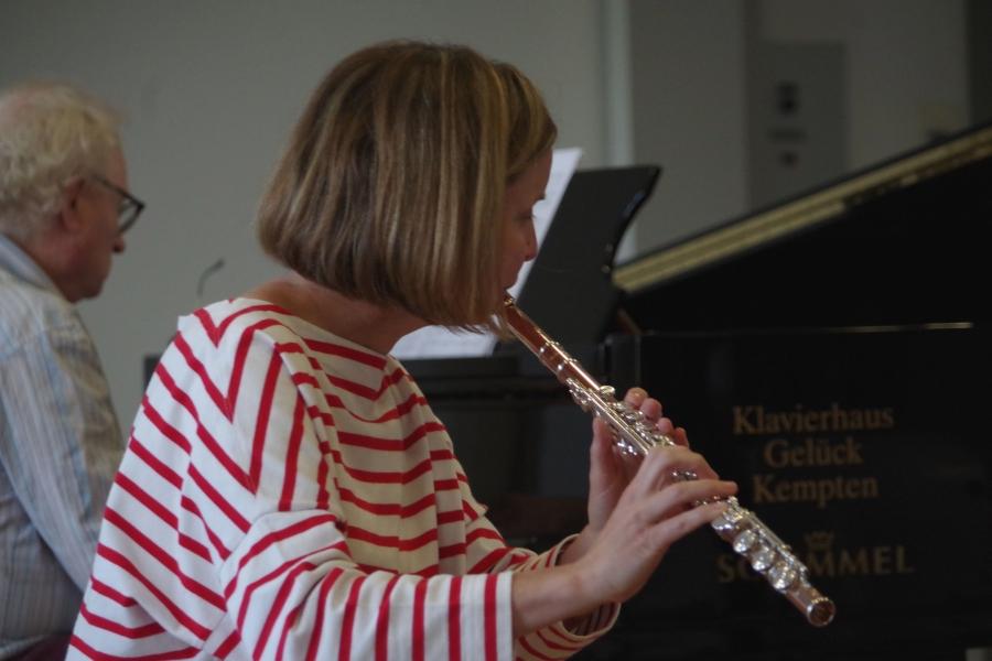Samstag/Sonntag 23./24.09.2017 - Proben: ... begleitet von Bengt Forsberg (Klavier) ... (Foto: Christine Tröger)