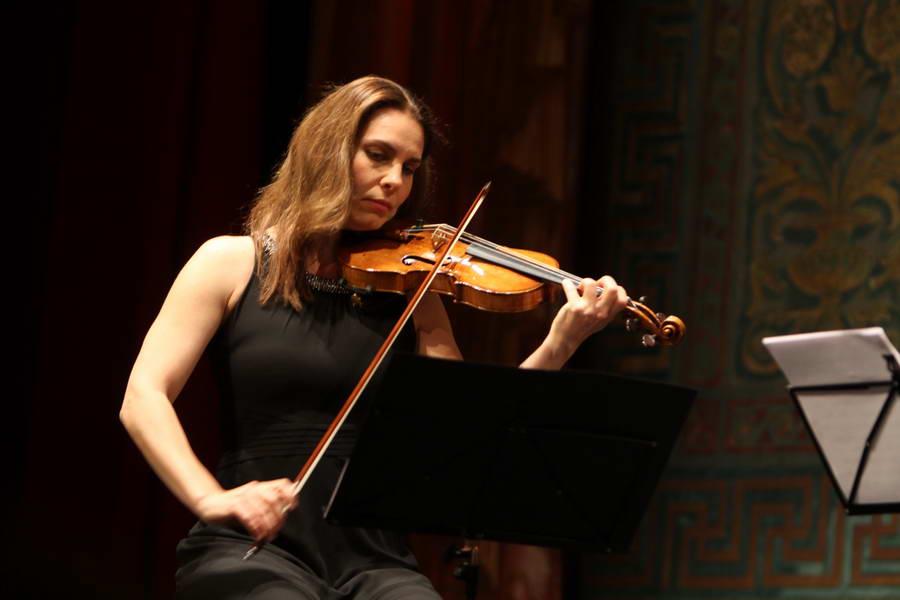 Eröffnungskonzert 24.09.2017: Nina Karmon (Violine) ...  (Foto: Achim Crispien)