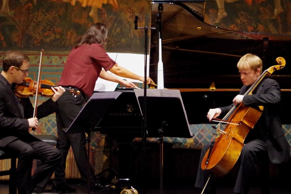 23.9.2018 - Konzert: Beim Klaviertrio »Une vague peut en cacher une autre« ... (Foto: Christine Tröger)
