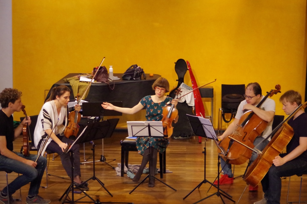 26.9.2018 – Proben: ... und auch Luigi Cherubinis (1760-1842) Streichquintett e-Moll wird sicher ganz wunderbar.(Foto: Christine Tröger)