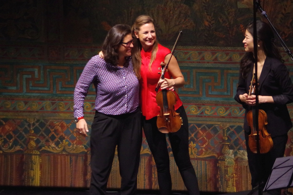 27.9.2018 – Konzert: ... große Freude bei der anwesenden Komponistin ... (Foto: Christine Tröger)