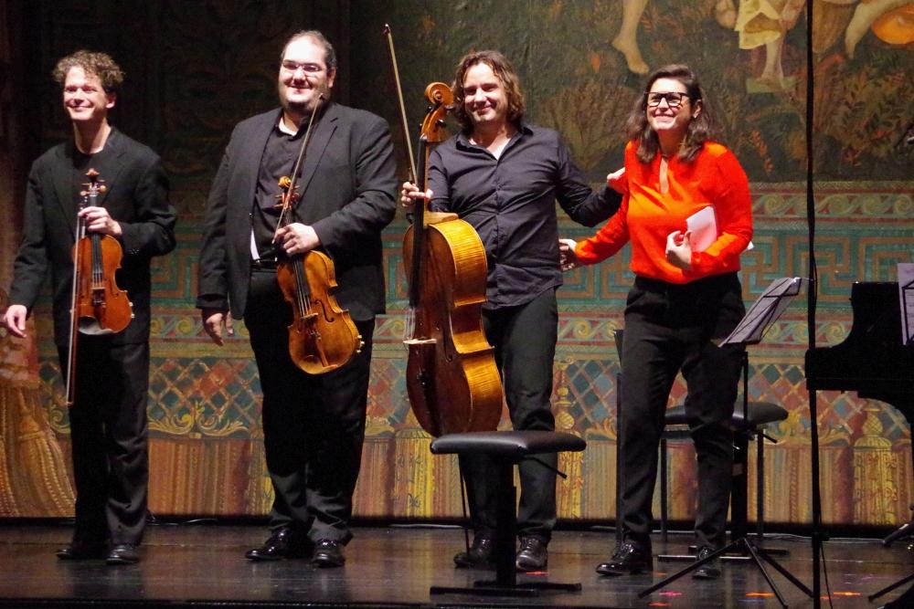 28.9.2018 – Konzert: ... über heftigen Applaus freuen kann. (Foto: Christine Tröger)