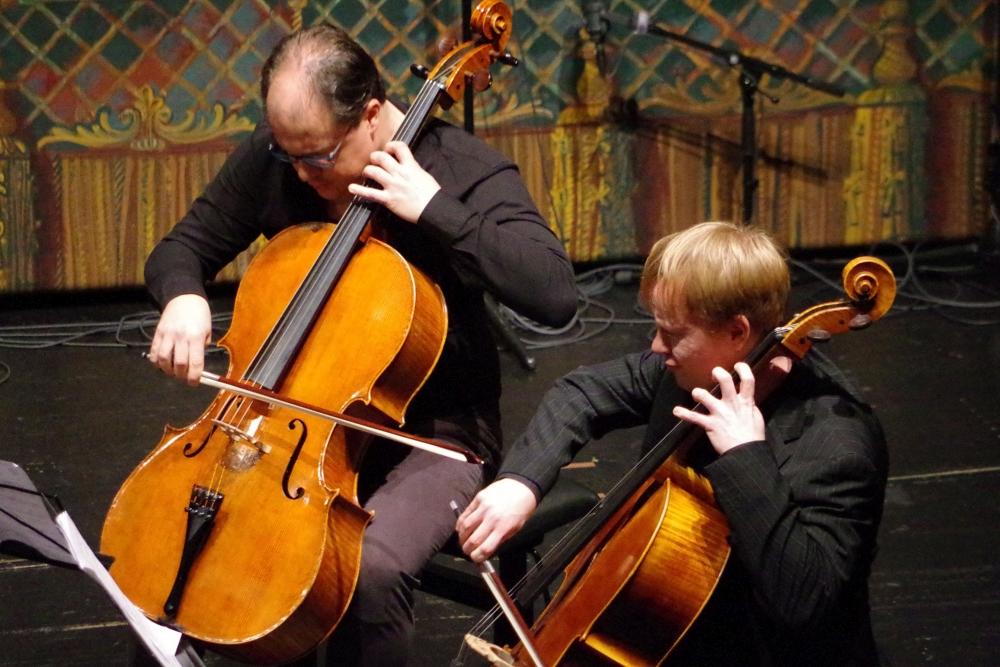 29.9.2018 – Konzert: ... mit den Cellisten Giovanni Gnocchi und Mischa Meyer ... (Foto: Christine Tröger)