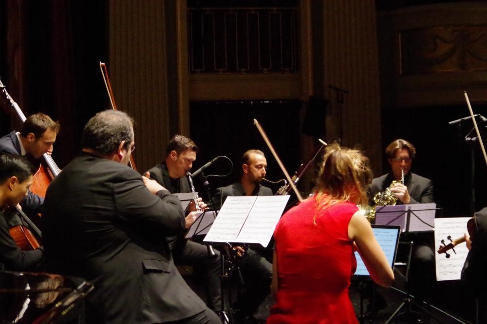 29.9.2018 – Konzert: ...  für Gioachino Rossinis Overtüre zu »Der Barbier von Sevilla« (arr. Andreas Tarkmann) bilden die Kammermusiker ein ganzes Orchester. (Foto: Christine Tröger)