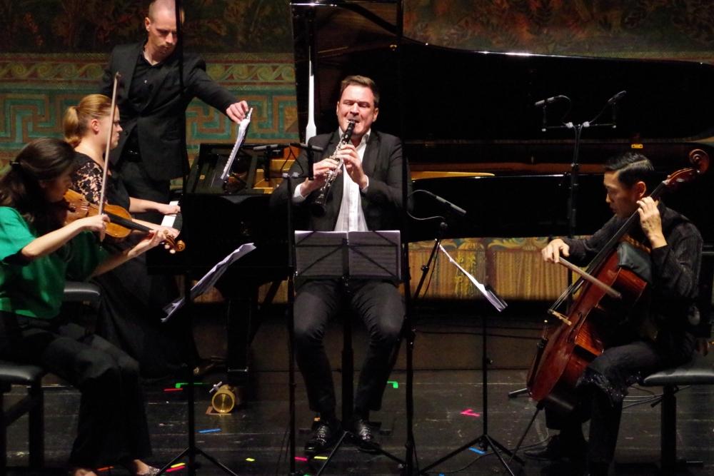 30.9.2018 – Konzert: Christel Lee (Violine), Lauma Skride (Klavier), Isaac Rodríguez (Klarinette) und Trey Lee (Violoncello) eröffnen den Sonntagabend ... (Foto: Christine Tröger)